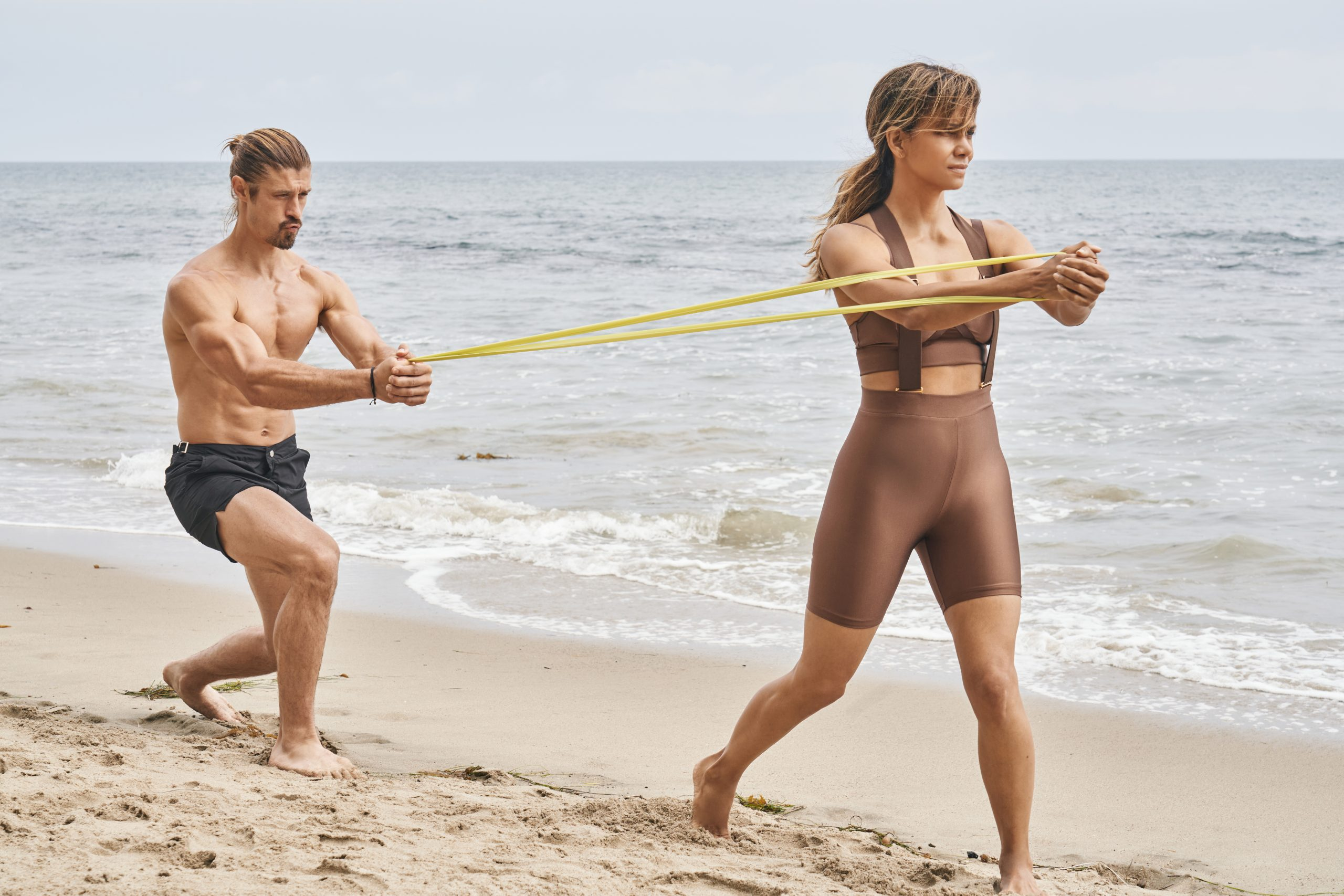 Halle Berry Uses Resistance Bands To Stay In Incredible Shape
